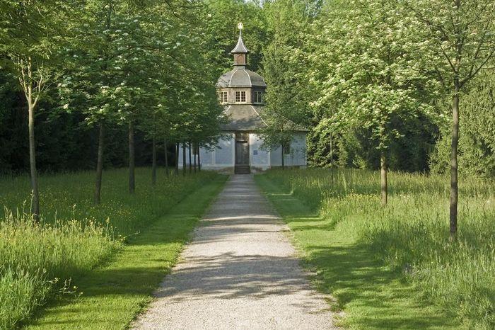 Die Eremitage im Schlossgarten von Schloss Favorite Rastatt