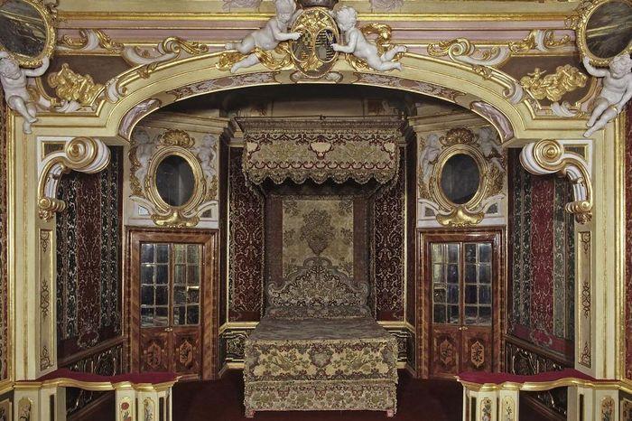 Ansicht des Schlafzimmer der Markgräfin in Schloss Favorite Rastatt